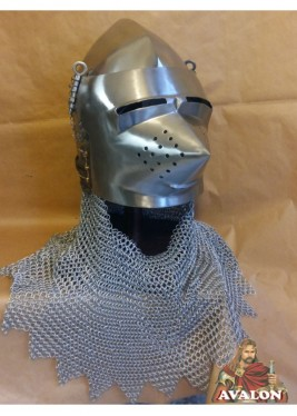 Medieval bassinet helmet with spout