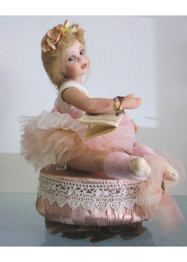 Doll: Luisa ballet dancer with music box - Height: 20 - 10 cm