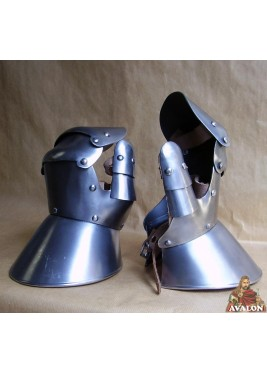 Medieval Gauntlets And Mittens